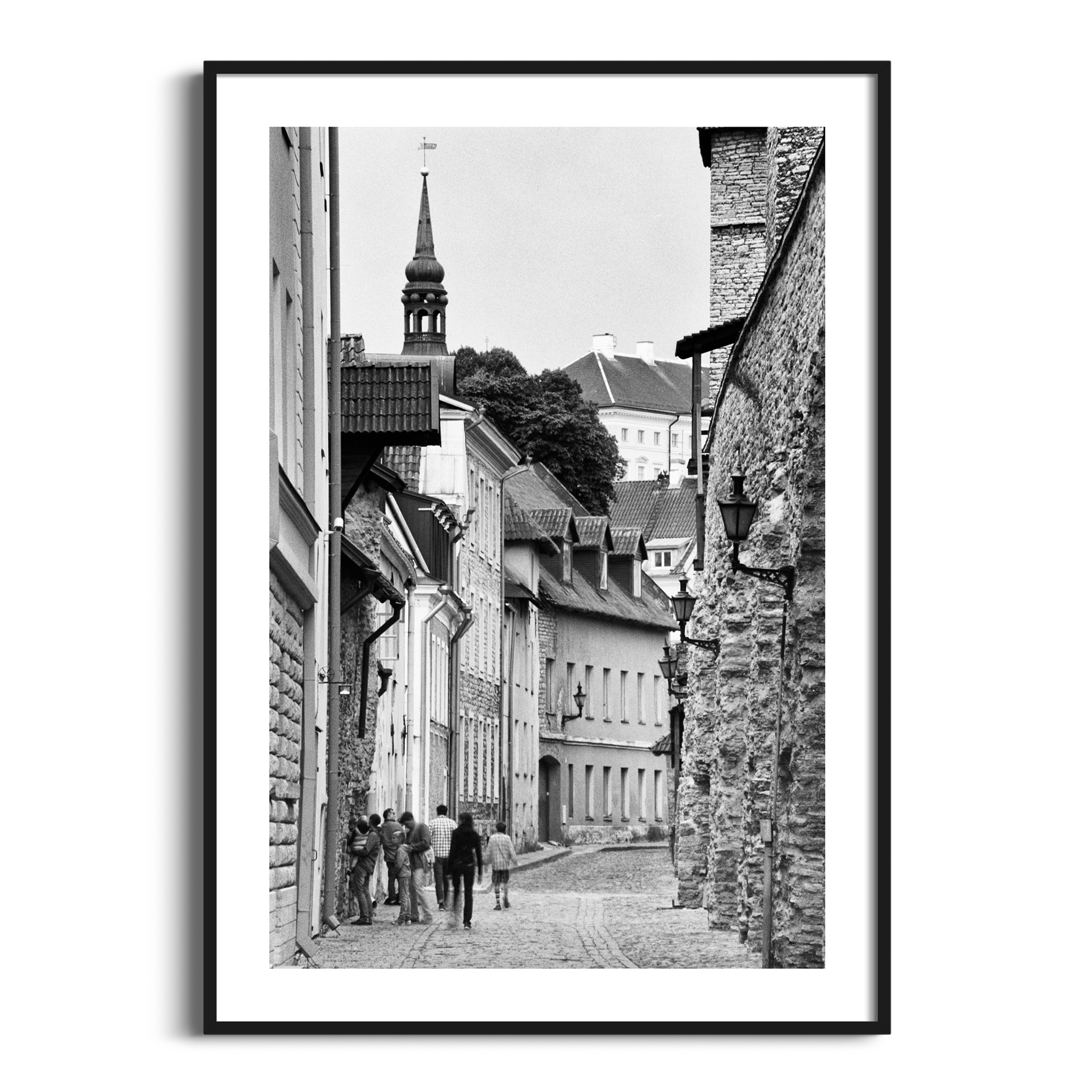 Laboratooriumi Street print in black frame with border